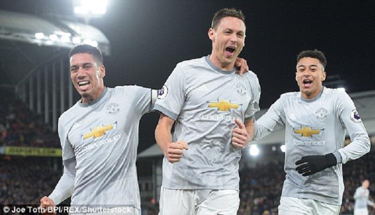 Манчестър Юнайтедпобеди Кристъл Палас с  3:2