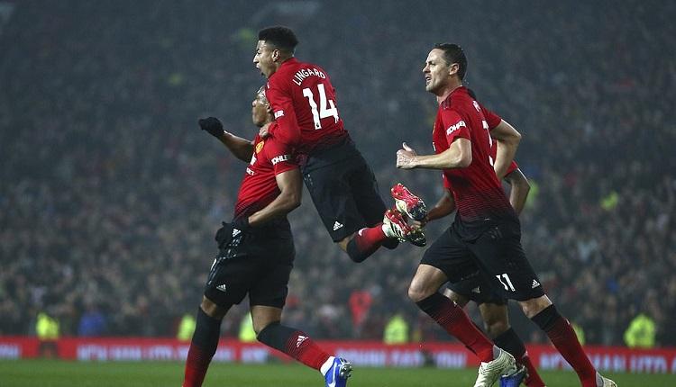 """Ман Юнайтед и Арсенал с голов спектакъл на """"Олд Трафорд"""""""