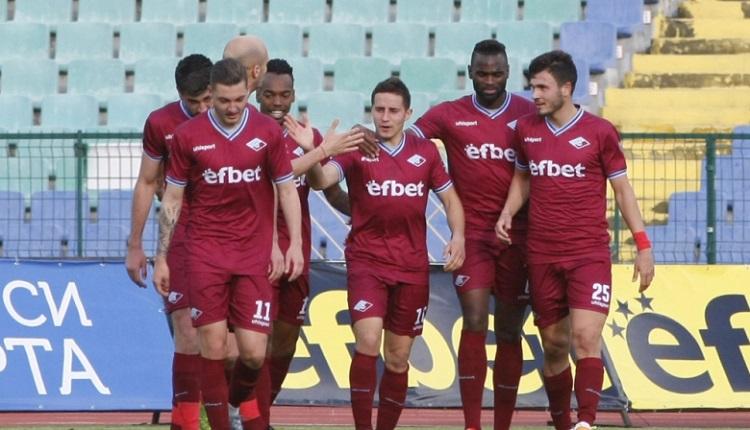 Септември надви Локомотив (Пловдив) с 3:1