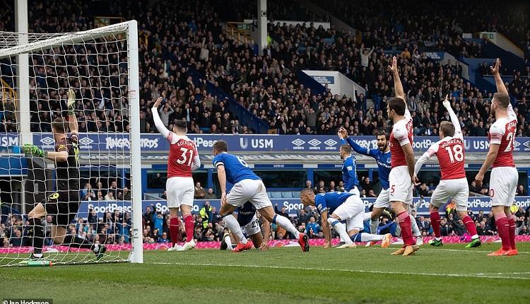 Евертън победи Арсенал с 1:0