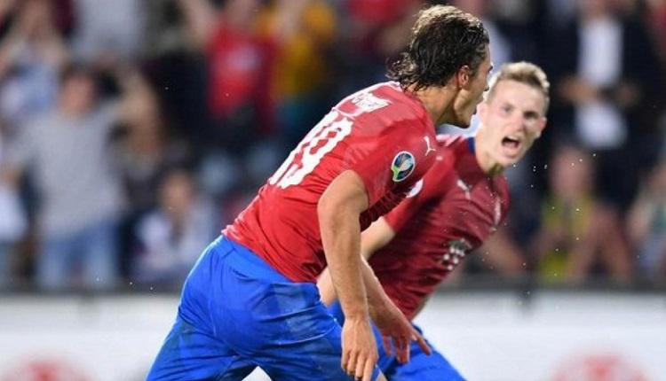 Чехия победи Черна гора с 3:0