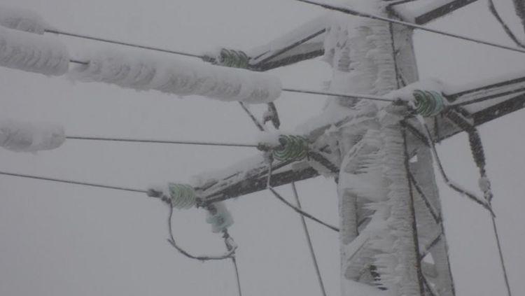 сняг без ток