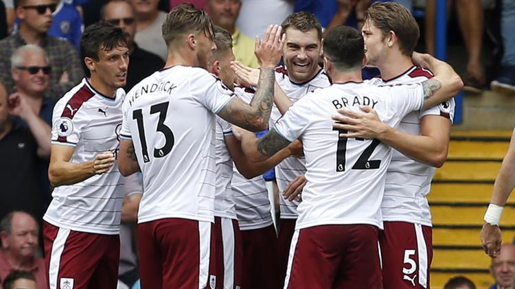 Челси започна новия сезон със загуба от Бърнли
