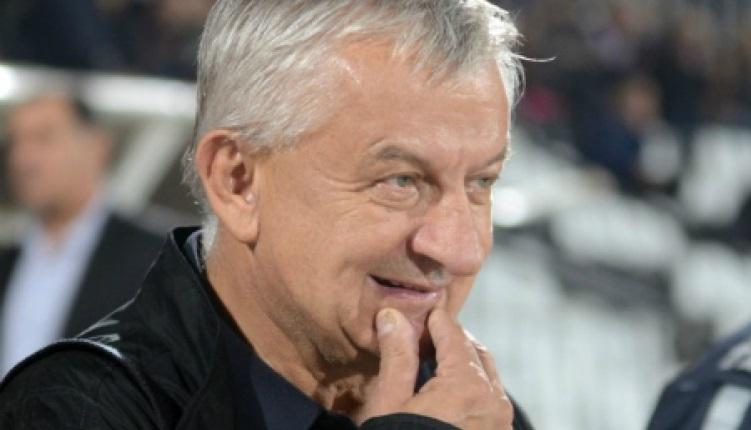 Крушарски бавно съсипва Локомотив