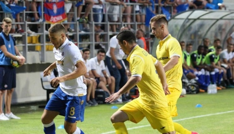 Глупава дузпа провали Левски срещу Хайдук