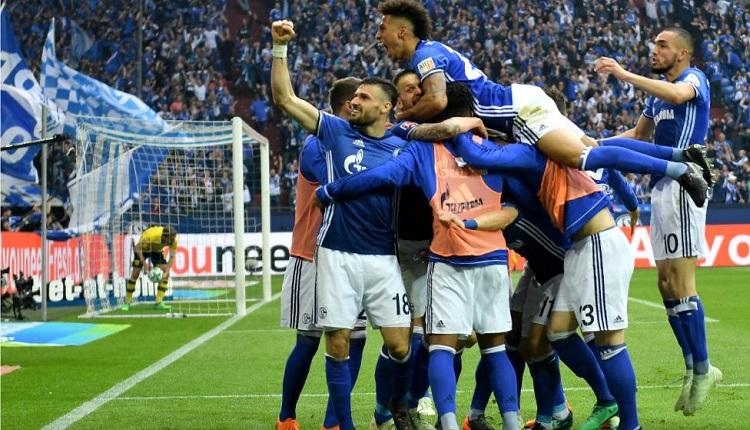 Шалке 04 победи Дортмунд с 2:0
