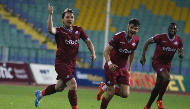 Септември победи Дунав с 2:0