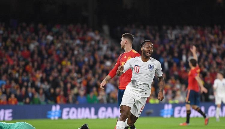 Англия победи Испанияс 3:2