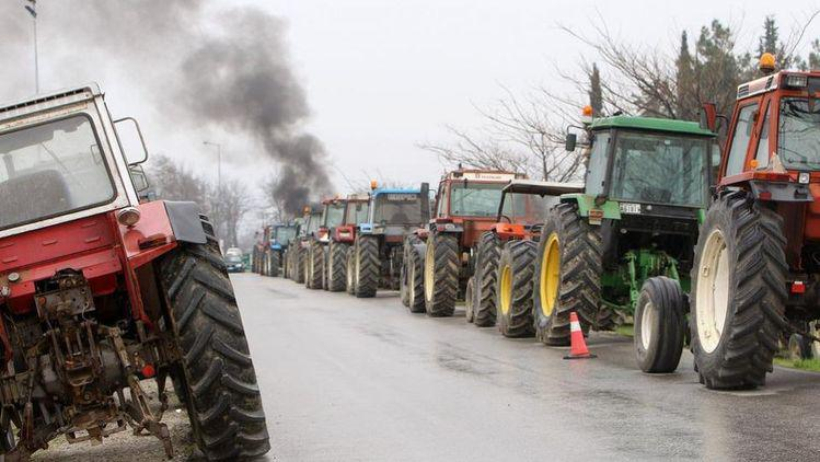 greek farmers blockade
