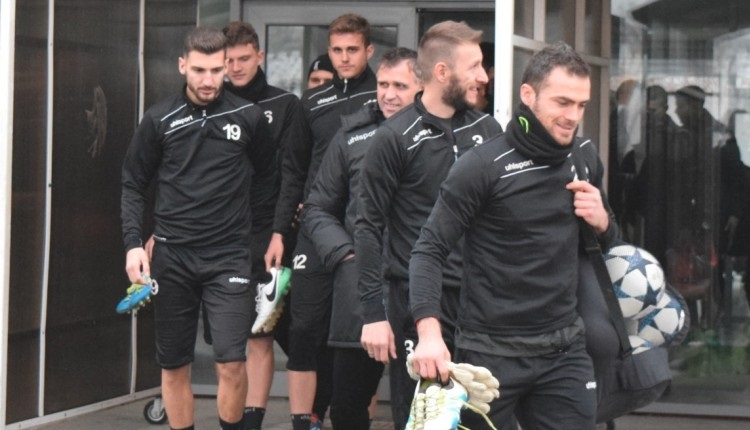 Локомотив (Пловдив) победи Хебър с 3:0