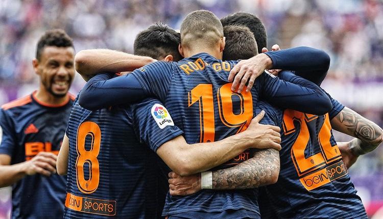 Валенсия победи Валядолид с 2:0
