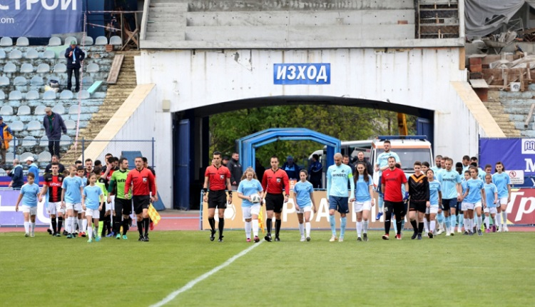 Дунав победа Локомотив (Пловдив)с 2:0