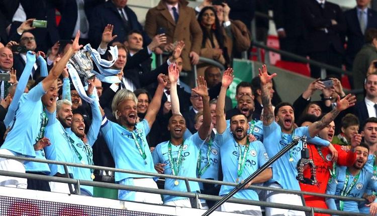 Манчестър Ситиликува с първия трофей в Англия този сезон