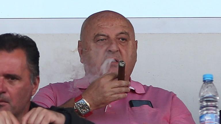 Венци Стефанов за футбола, съдиите и багажниците.